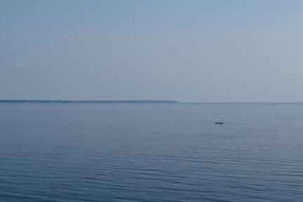 のどかな海.jpg