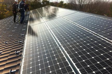 太陽光発電パネル設置.jpg